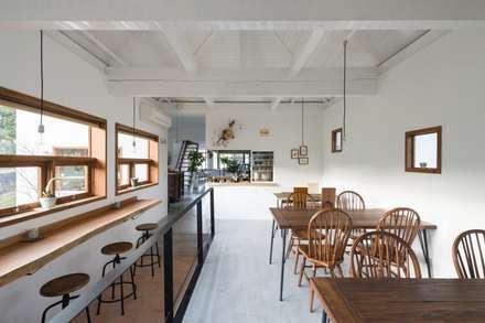里づと: coil松村一輝建設計事務所が手掛けた商業空間です。