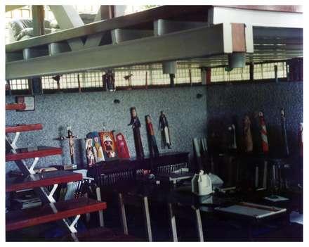 Sala de estudio: Oficinas de estilo industrial por R+P