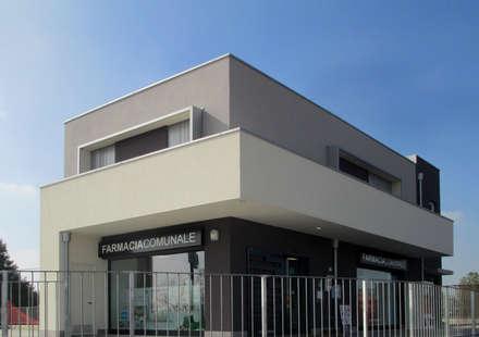 Oficinas y Tiendas de estilo  por Marlegno