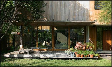 بلكونة أو شرفة تنفيذ Arquitecto Alejandro Sticotti