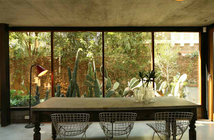 country Conservatory by Arquitecto Alejandro Sticotti