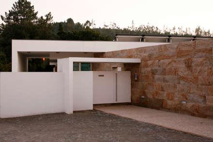 Entrada : Habitações  por Central Projectos