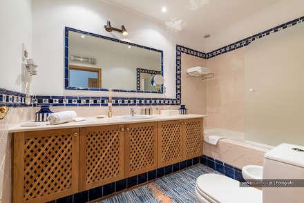 Real Estate Photography in Algarve: Casas de banho clássicas por Pedro Queiroga | Fotógrafo