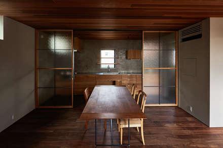 SHIMA: KEITARO MUTO ARCHITECTSが手掛けたキッチンです。
