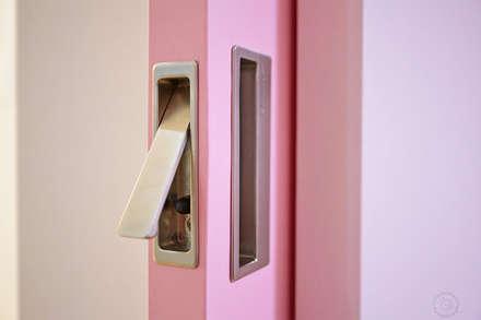 ROOM 2: 제이앤예림design의  아이방