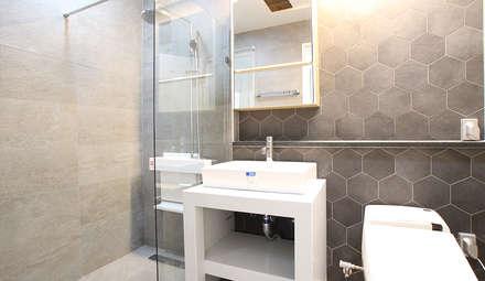 내부 인테리어 - 욕실: 엔디하임 - ndhaim의  화장실