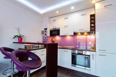 Cocina 8: Cocinas de estilo moderno por COCINAS FEDGO
