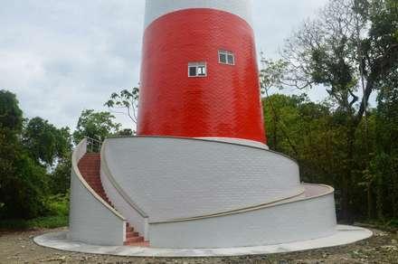 : Museos de estilo  por Constructora Acuario Ltda.
