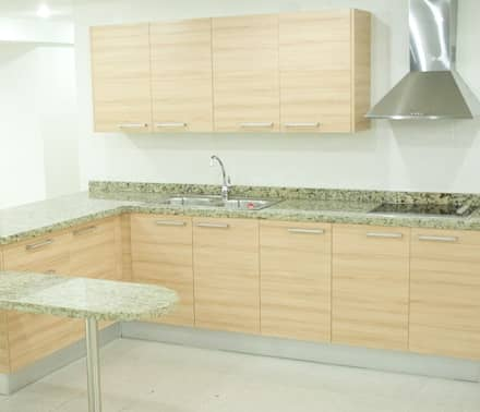 مطبخ تنفيذ fabrica de cocinas mediterranean c.a.