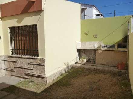 VILLA CABRERA - ALQUILER: Casas de estilo escandinavo por Reyna Quintana - Grupo Inmobiliario