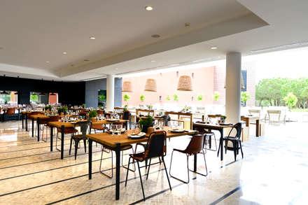 Exterior: Hotéis  por Pureza Magalhães, Arquitectura e Design de Interiores