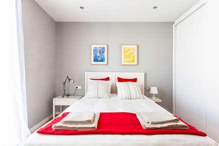 Dormitorio : Dormitorios de estilo moderno de Laia Cenzano Studio