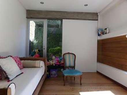 Chambre d'enfant de style de style Rustique par juan olea arquitecto