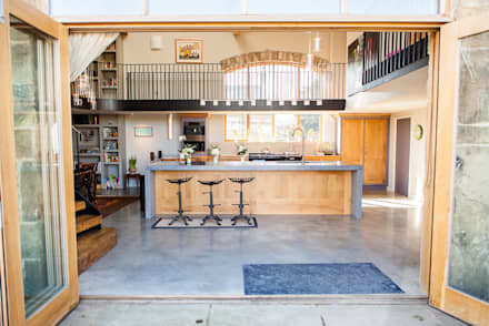 Rustic industrial style kitchen: rustic Kitchen by Love Wood Kitchens