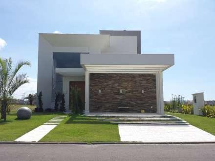 Residencia Cellebration : Casas modernas por Biazus Arquitetura e Design