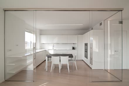 Attico Villa Lieta: Cucina in stile in stile Minimalista di RWA_Architetti