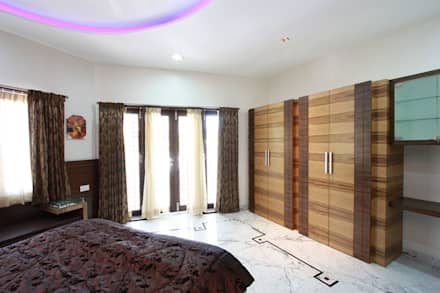 Bedroom: modern Windows & doors by Ansari Architects