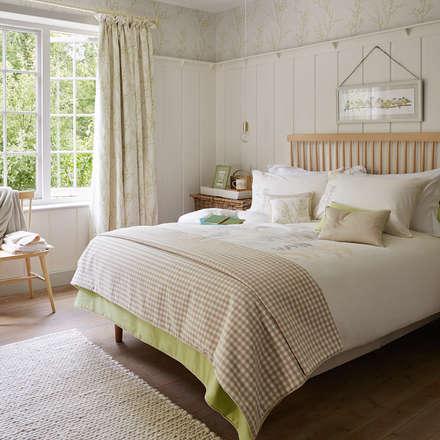Dormitorios de estilo rústico por Laura Ashley Decoración