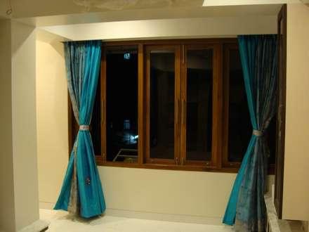 Shivaji Park: modern Windows & doors by TRINITY DESIGN STUDIO