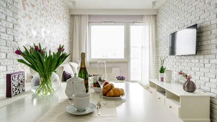 Apartament prowansalski – Aviator – Gdańsk : styl , w kategorii Jadalnia zaprojektowany przez Anna Serafin Architektura Wnętrz
