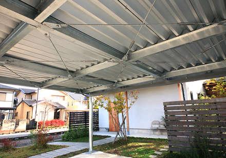 K house carport: HIPSQUAREが手掛けたガレージです。