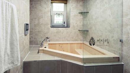 [休] 가족을 위한 자연같은 집: 비자림인테리어의  화장실