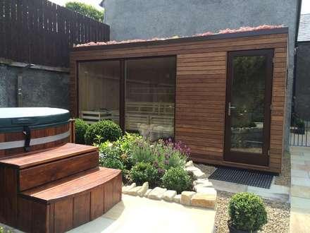 Außensauna Coolemore: skandinavisches Spa von corso sauna manufaktur gmbh
