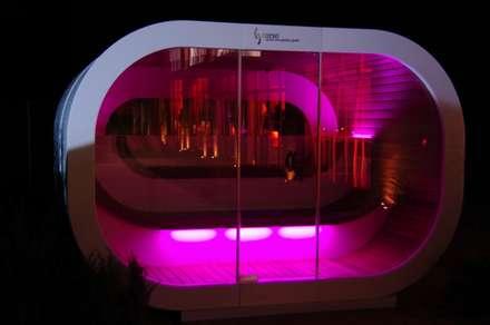 Außensauna Muna: skandinavisches Spa von corso sauna manufaktur gmbh