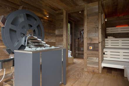 Außensauna Jagdhaus Eiden: skandinavisches Spa von corso sauna manufaktur gmbh