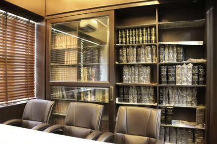 محلات تجارية تنفيذ Shadab Anwari & Associates.