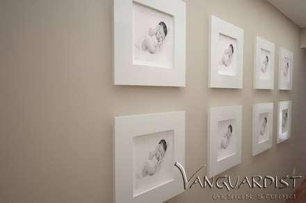Diseño de Departamento San Borja: Paredes de estilo  por Vanguardist Design Studio