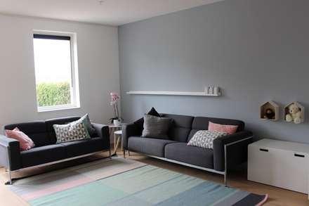 R&E: scandinavische Slaapkamer door MEL design_