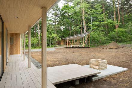 片流れの住宅 / SHED ROOF HOUSE: 富永大毅建築都市計画事務所が手掛けた庭です。