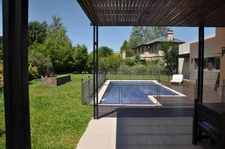 minimalistic Pool by Estudio Fernández+Mego