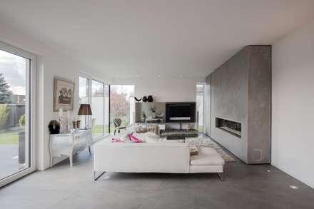 Minimalistische Wohnzimmer Ideen  homify