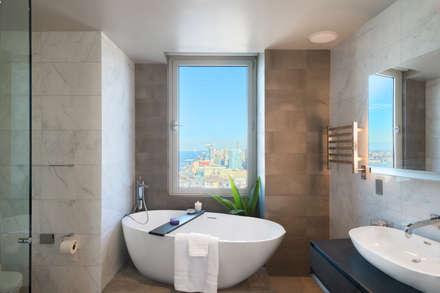 Luxury Apartment Combination: minimalistic Bathroom by Andrew Mikhael Architect