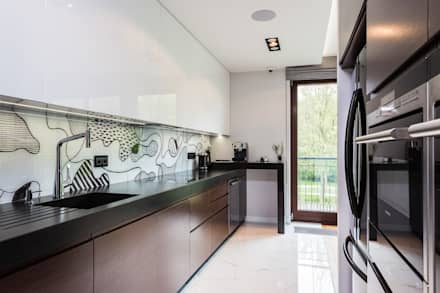 Apartament na pięknej Ochocie: styl , w kategorii Kuchnia zaprojektowany przez Michał Młynarczyk Fotograf Wnętrz