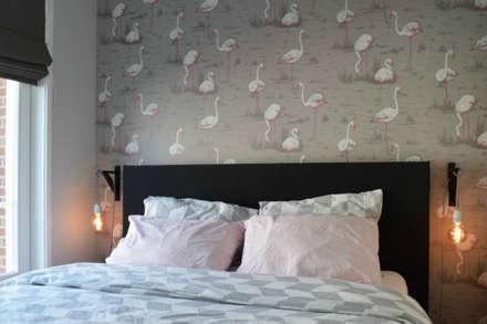 Appartement Amsterdam: industriële Slaapkamer door Atelier09