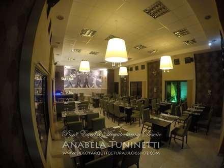 Interior: Bares y Clubs de estilo  por Anabela Tuninetti - Deco & Vanguardia