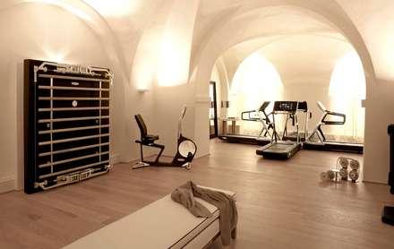 salle de sport moderne id es inspiration homify. Black Bedroom Furniture Sets. Home Design Ideas