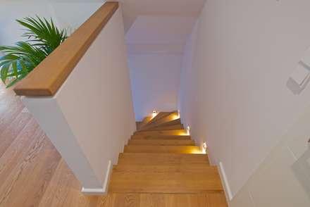 modern Corridor, hallway & stairs by GRID architektur + design
