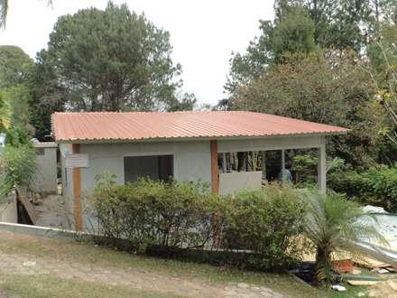 Veranêio Gaivota: Casas campestres por AP Arquitetura