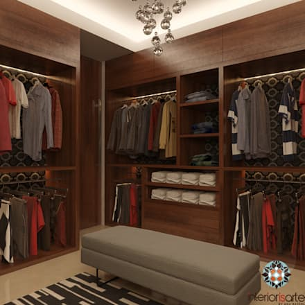 Walk in closet de estilo  por Interiorisarte