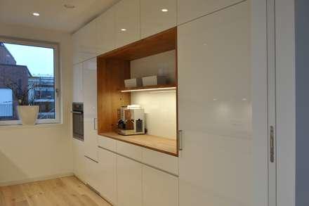 Küche, Bad, Wohnmöbel nach Maß in Ahaus: moderne Küche von Klocke Möbelwerkstätte GmbH