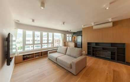 http://arctitudesign.com.hk/node/85: minimalistic Living room by arctitudesign