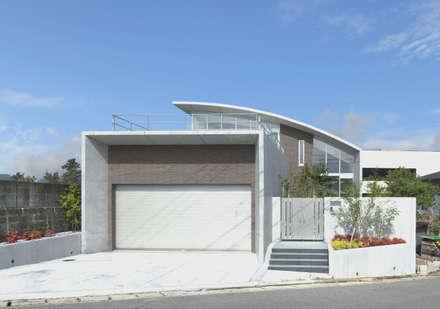 宇美の家: 株式会社 SYN空間計画 一級建築事務所が手掛けた家です。