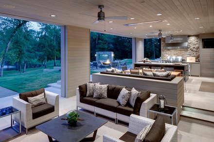 Patio Area:  Patios by GSI Interior Design & Manufacture