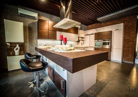 Hyderabad Showroom: rustic Kitchen by Hacker Kitchen