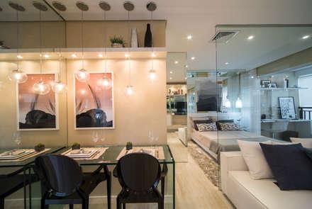 MAC_Cosmopolitan Santa Cecília 35m²: Salas de jantar minimalistas por Chris Silveira & Arquitetos Associados