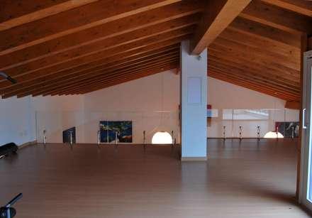 Casa Baida: Palestra in stile in stile Moderno di ArchiStudio Palermo